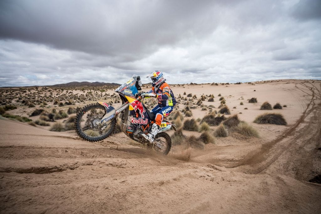 Dakar star Walkner tests rally car